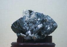 Metal kruszec wolframite Zdjęcie Royalty Free