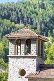 Metal l'incrocio sul tetto di vecchio campanile Fotografia Stock