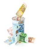 Metal la hucha con los símbolos euro para el dinero de ahorro. Fotografía de archivo