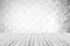 Metal la texture de mur de rouille, processus dans la couleur blanche avec le terra en bois Image libre de droits