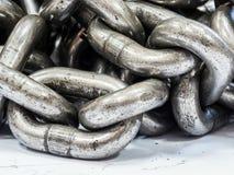 metal las cadenas del acero de aleación para el uso industrial, muy fuertes Foto de archivo