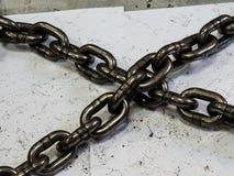 metal las cadenas del acero de aleación para el uso industrial, muy fuertes Foto de archivo libre de regalías