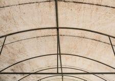 Metal le struct de cadre de la grande tente de cavas image libre de droits