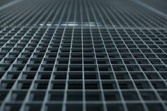 Metal le trellis avec le petit fond d'actions de grille de cellules avec le shallo photographie stock libre de droits