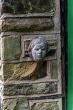 Metal les sculptures dans le petit village de Pott Shrigley, Cheshire, Angleterre Images libres de droits