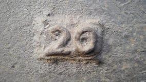 Metal liczba 20 Tekstura ośniedziały metal w postaci postaci 20 Zdjęcie Stock