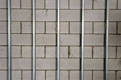 Metal los postes de la mampostería seca para las mejoras para el hogar Imágenes de archivo libres de regalías