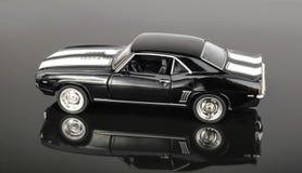 Metal modellerar bilen Arkivbild