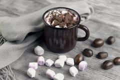 Metal mug with hot chocolate, marshmallows Royalty Free Stock Photos
