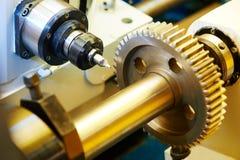 Metal pracującej przekładni machining zdjęcie stock