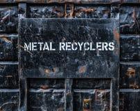 Metal que recicla el contenedor Fotografía de archivo