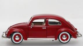 Metal sideview 1955 de VW Beatle de modèle de jouet d'échelle le vieux Images stock