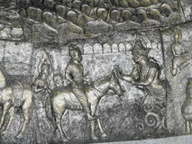 Metal sztuka rzeźbił Buddha w Watthammongkon świątyni Tajlandia. Obraz Royalty Free