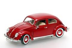Metal VW Beatle 1955 de modèle de jouet d'échelle vieux Image libre de droits