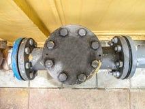 Metal y equipo de la válvula de puerta Imagen de archivo libre de regalías