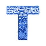 Metal Zeichen u. wässern Sie Tropfen - bezeichnen Sie T mit Buchstaben Lizenzfreies Stockfoto