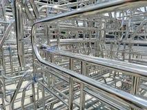Metale i aluminiowa stalowa rama w ładunku składują fabrykę zdjęcie royalty free