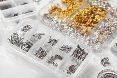 Metales para las joyas imagenes de archivo