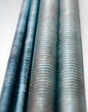 Metali hairpins na porysowanym metalu tle Zdjęcie Stock