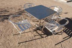 Metali krzesła i stół Zdjęcie Royalty Free