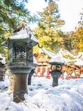 Metali lampiony w Nikko, Japonia zdjęcie stock
