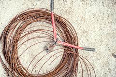Metali nożyce używać w budowie i drucianym drucie prącia i stalowego Zdjęcie Royalty Free