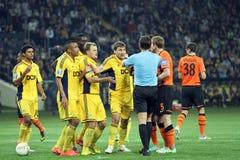 Metalist εναντίον του αγώνα ποδοσφαίρου Shakhtar Ntone'tsk Στοκ Φωτογραφία
