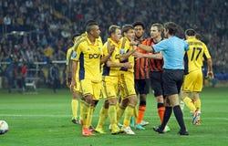 Metalist εναντίον του αγώνα ποδοσφαίρου Shakhtar Ntone'tsk Στοκ Φωτογραφίες