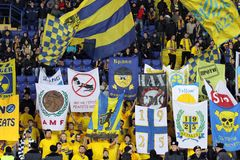 Metalist fans support their team Royalty Free Stock Photos