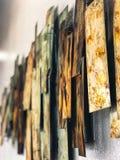 Metall Art Design auf einer Wand stockbild