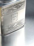 Metall ask med elitchinаte royaltyfri illustrationer