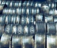 Metall bransoletki na rynku Tunezja Zdjęcie Stock
