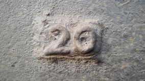Metall nummer 20 Textur av rostig metall i form av diagram 20 Arkivfoto