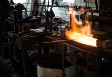 Metall wird erhitzt, um glühend zu sein Lizenzfreies Stockbild