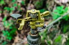 Metallautomatische Wasserberieselungsanlage Lizenzfreie Stockfotos