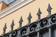 Metallbearbeiteter Zaun Lizenzfreie Stockfotos