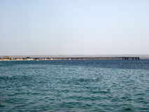 Metallbrücke im Hafen Stockfoto