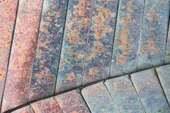 Metallbrade med rost, gammalt stål Arkivfoton