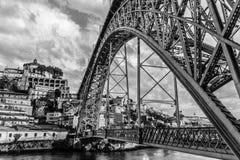 Metallbro i Porto Royaltyfri Bild