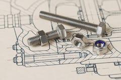 Metallbultar Tokig grupp Teckning Teknisk skissning Stålskruvar fotografering för bildbyråer