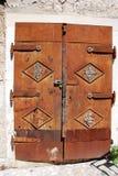 Metalldörr i Mostar Arkivfoto