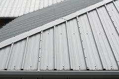Metalldachhintergrund Lizenzfreies Stockbild