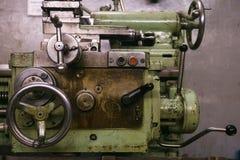 Metalldrehbank-Anpassung lizenzfreies stockfoto