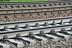 Metaller på railtrack royaltyfri bild