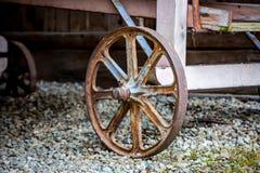 Metallhjul av den lantliga vagnen Fotografering för Bildbyråer