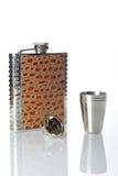 Metallische Flasche für alkoholisches Getränk Lizenzfreies Stockfoto