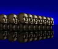 Metallische Köpfe ausgerichtet Stockbild