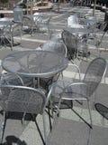 Metallische Stühle Stockfoto