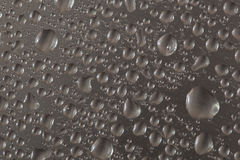 Metallische Wassertropfen Lizenzfreie Stockbilder