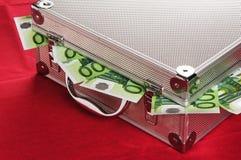 Metallischer Fall voll von Euro Stockfotos